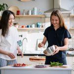 Trucuri esentiale utile in bucataria de acasa sau in cea profesionista